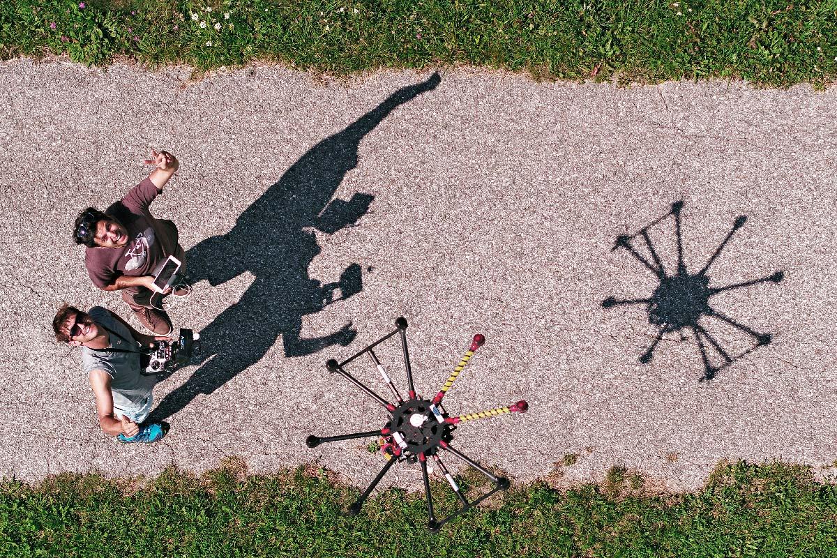 Alexander & Michael aerial Team